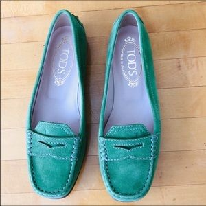 Tod's Suede Green Satin Lined Loafers Moccasins